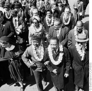 1959: Martin Luther King Jr Salutes Hawaii Statehood